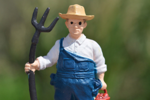 Manufacturers: What Kind of Networker Are You--a Farmer or a Hunter?